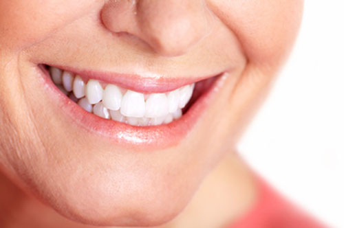 How Teeth Whitening Gets Rid Of Dark Stains